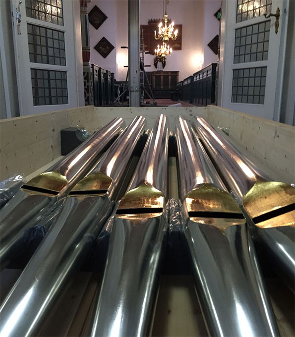 Die Pfeifen der Uttumer Orgel sind zurück