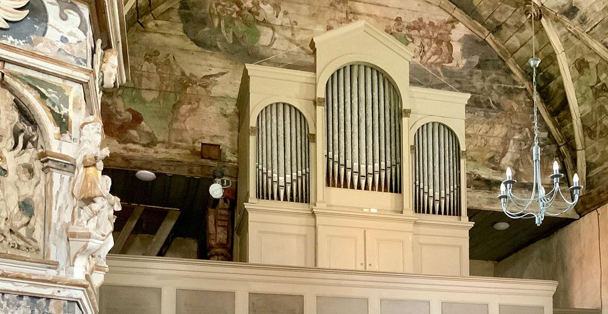 Voigt-Orgel von 1885 in der Dorfkirche Berge/Altmark. 2020 von der Stiftung gefördert